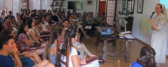 Fotografía de una de las sesiones del seminario presencial de la DECA en Valldemossa, del 6 al 8 de julio de 2015