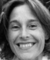 Fotografía de la profesora Mónica de la Serna en la web del CESAG